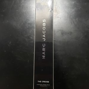 "Marc Jacobs ""The Crease"" Eyeshadow Crease Brush"
